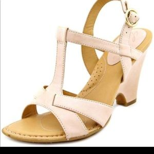 Born leather wedges